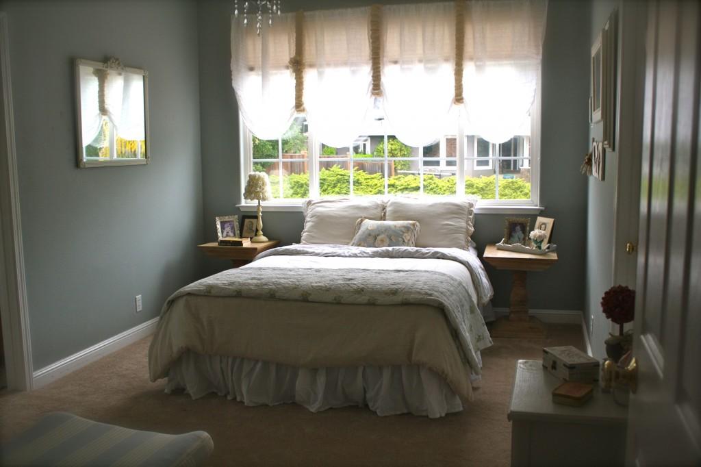Vintage-y guest room